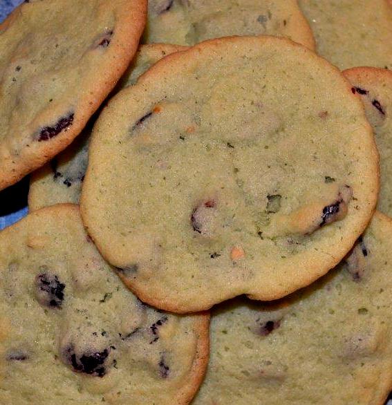 Pistachio & Cranberry Cookies 4