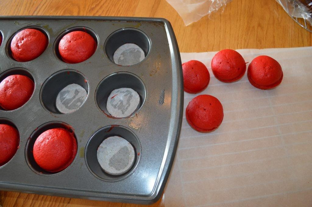 Eyeball Cupcakes 5
