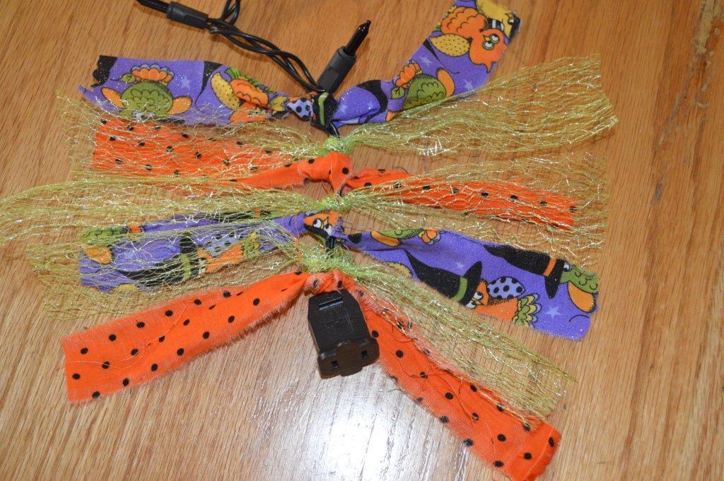 DIY Spooky Garland 11
