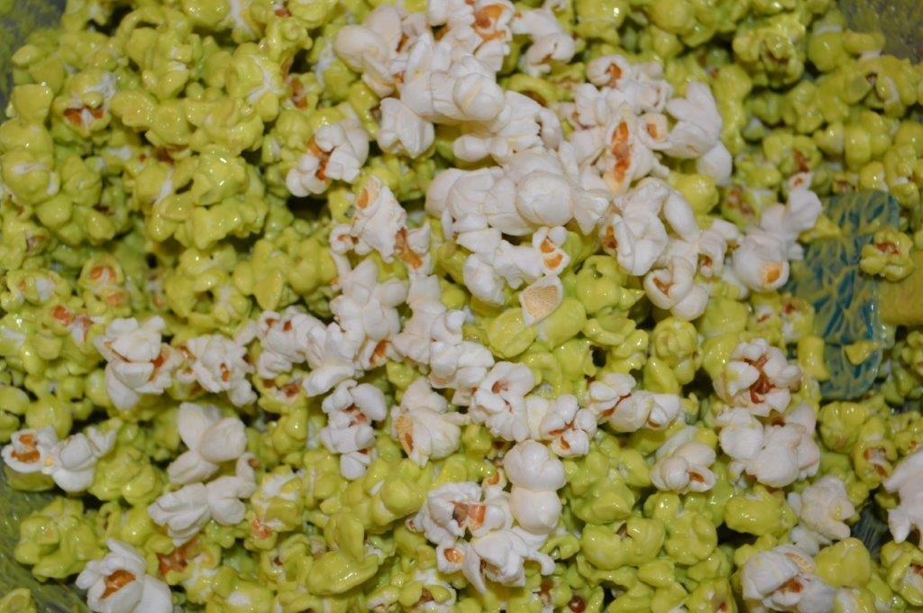 Quick & Easy Chocolate Covered Halloween Popcorn