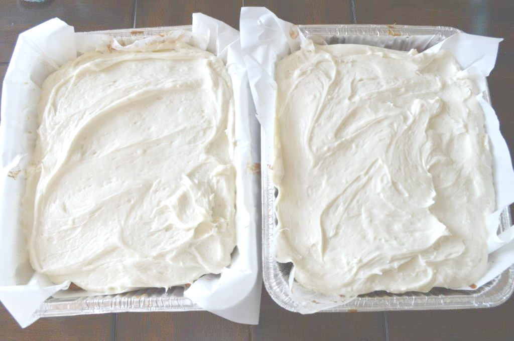 Moist EASY Zucchini Cake