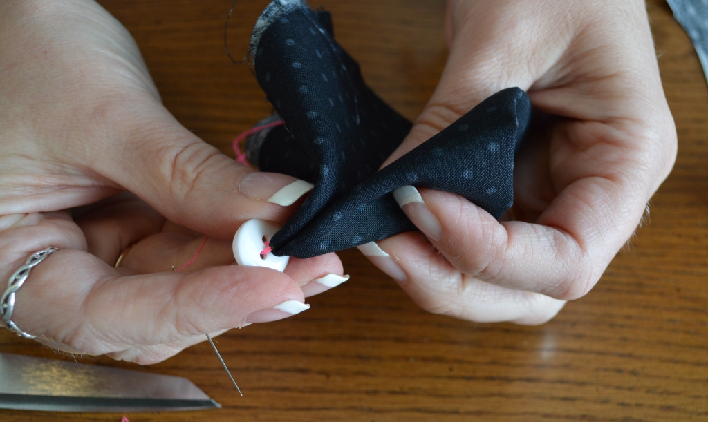 How to Sew on a Button 7