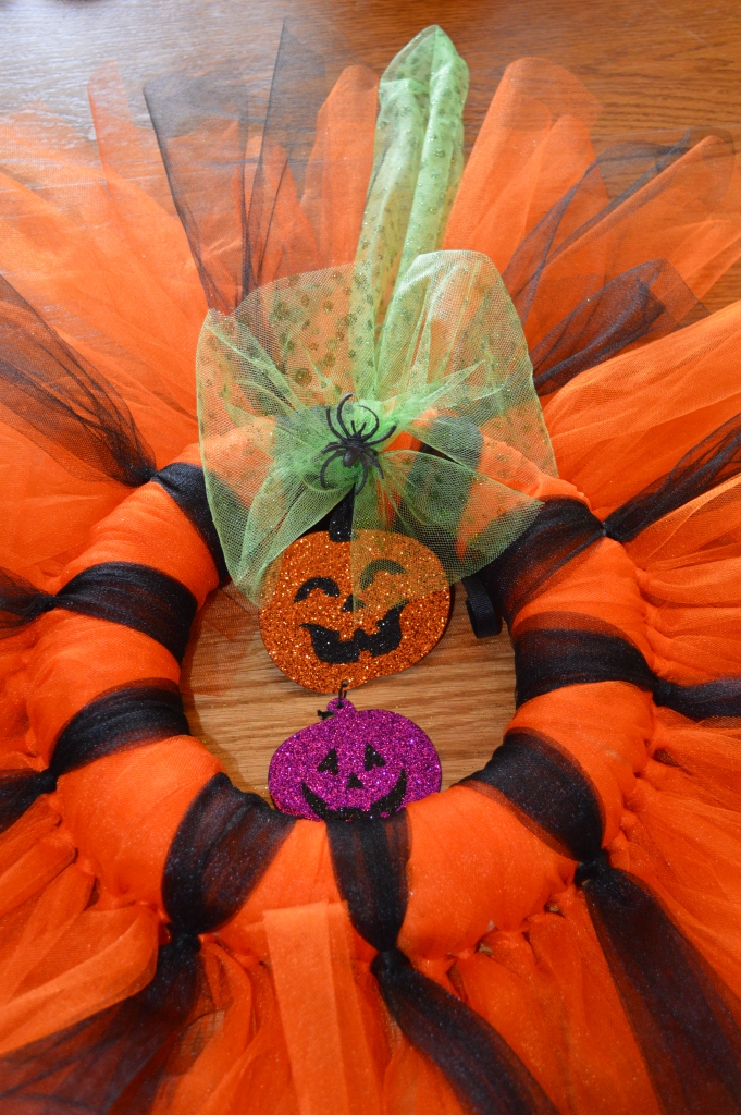 Quick and Easy Halloween Wreath