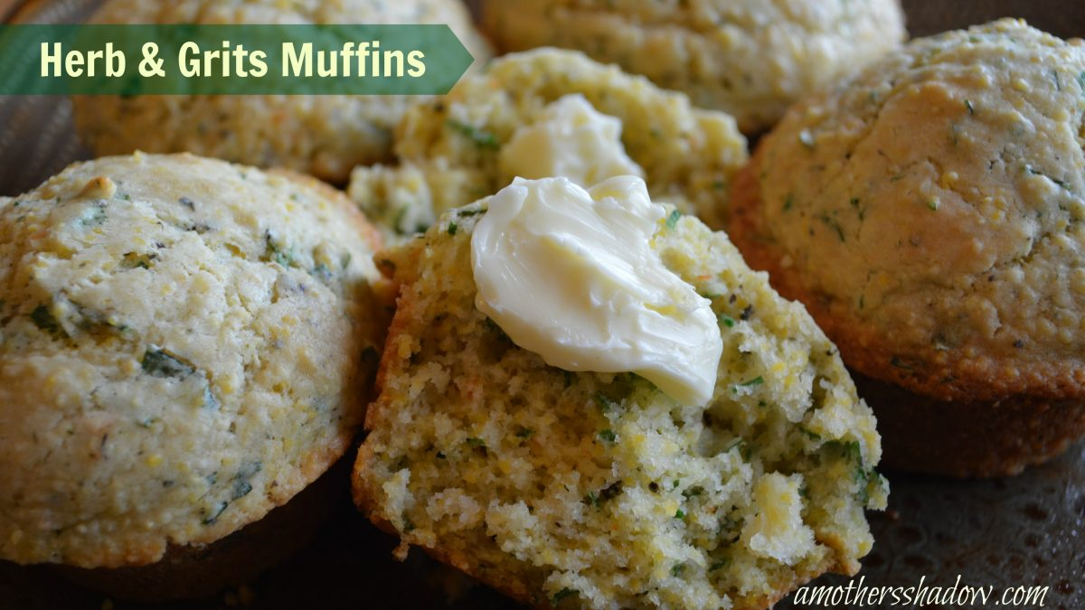 Herb & Grits Muffins