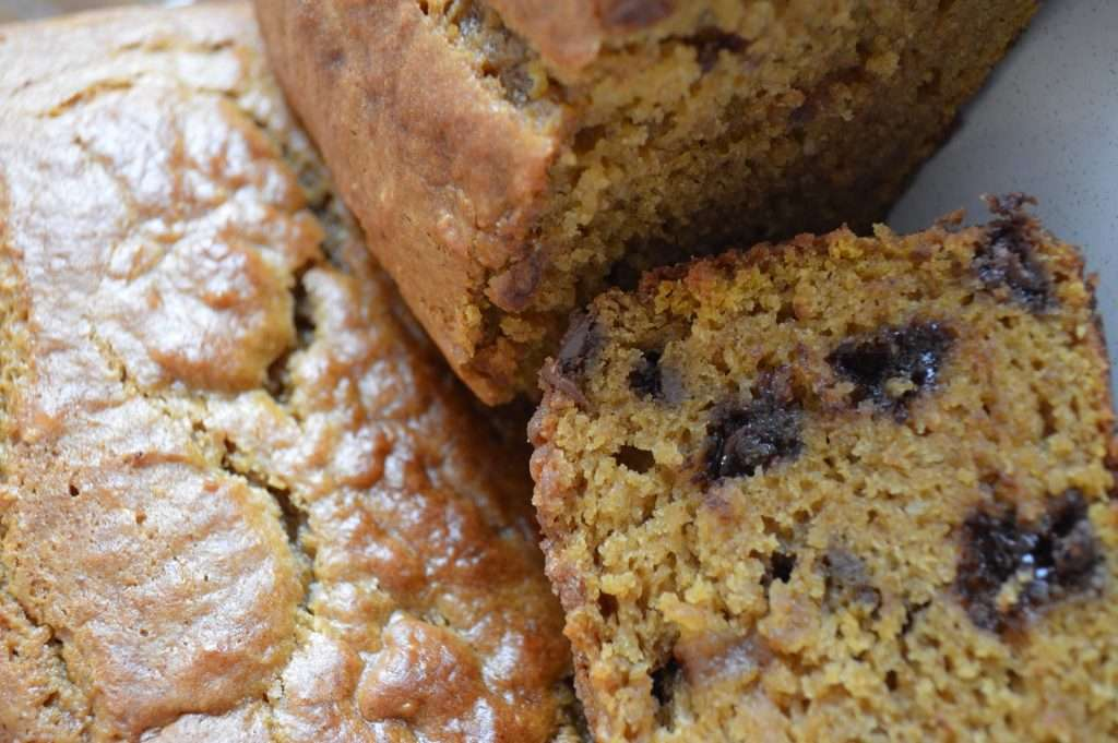 BEST Flavorful and Tender Pumpkin Bread