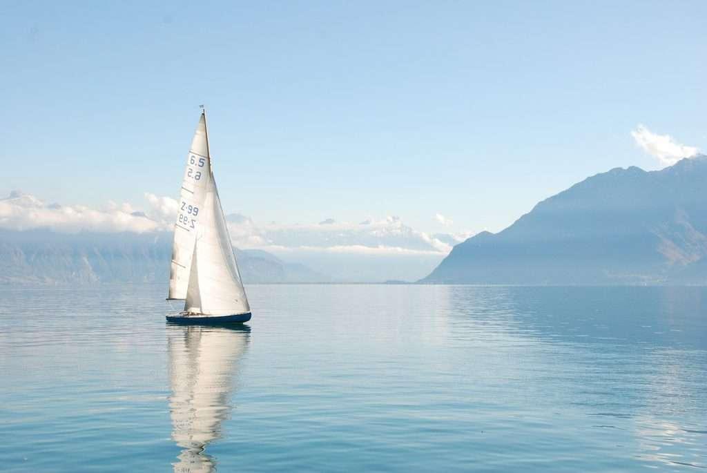 Sailboat-ballast