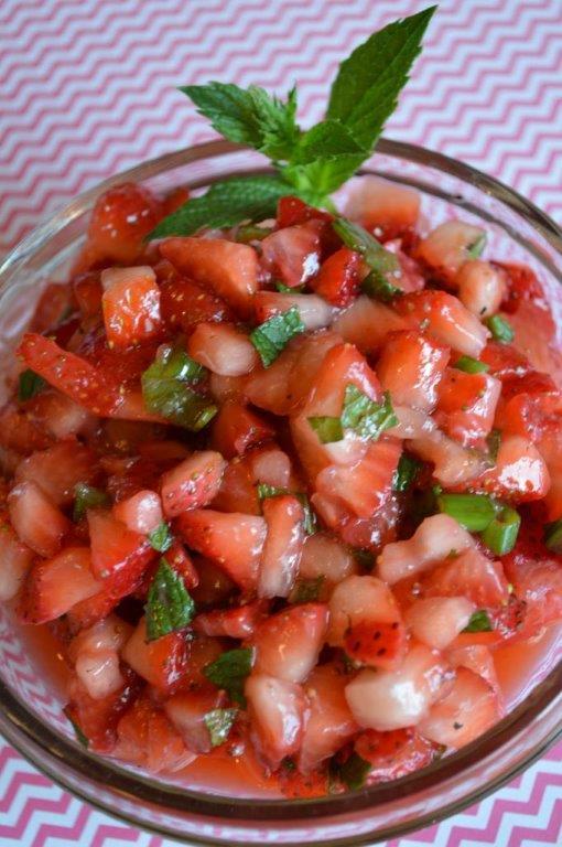 Balsamic Chicken in Strawberry Salsa 15