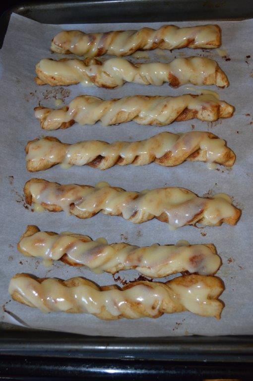 Quick Cinnamon Twists