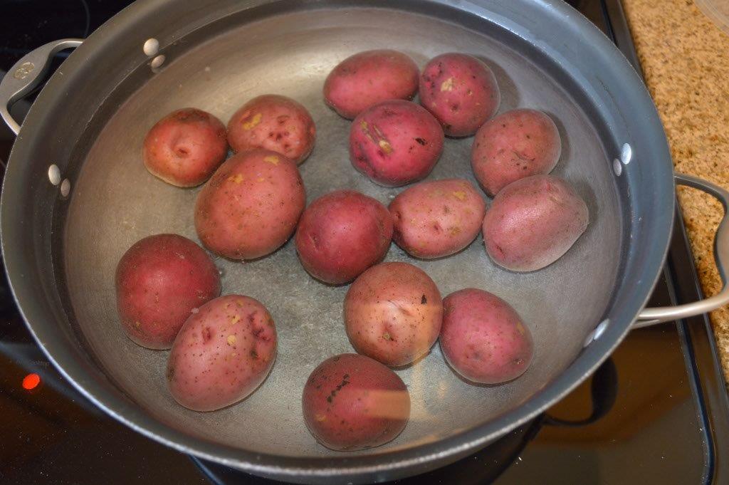 Country potato and leek soup
