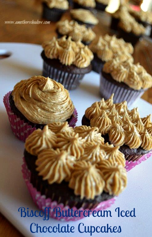 Biscoff Buttercream Iced Chocolate Cupcake