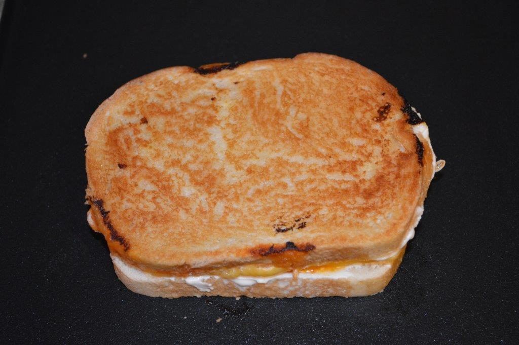 Buffalo Chicken & Grilled Cheese Sandwich 7