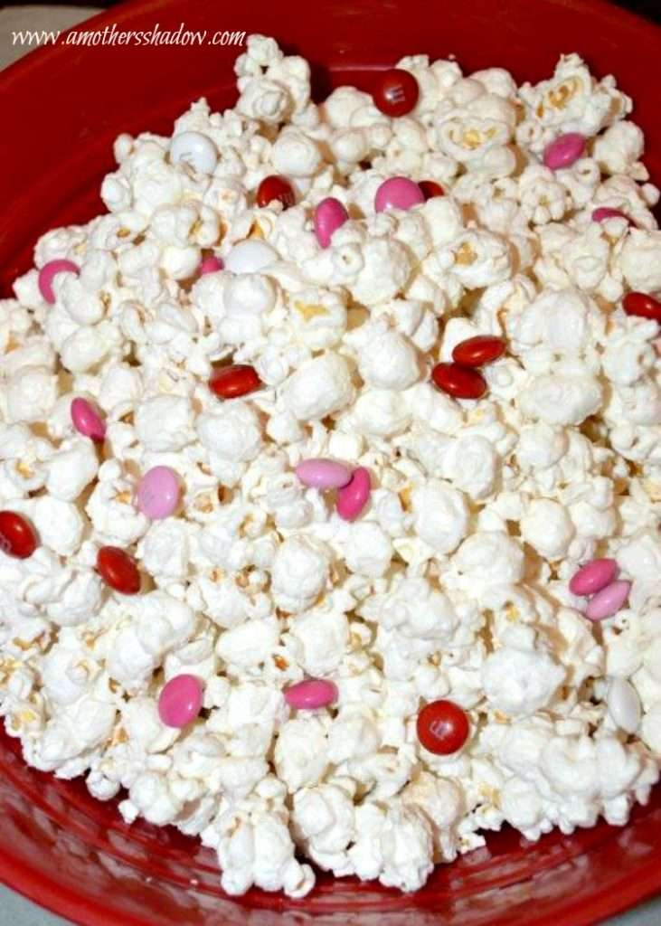 Valentine White Chocolate Popcorn Mix