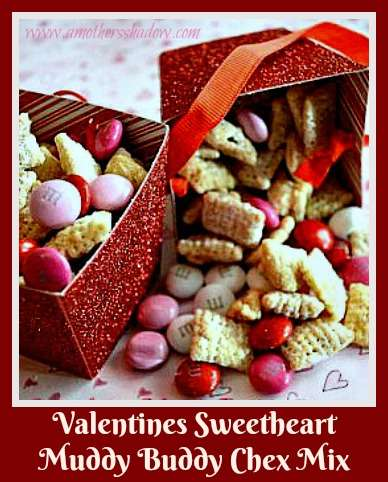 Valentines Sweetheart Muddy Buddy Chex Mix